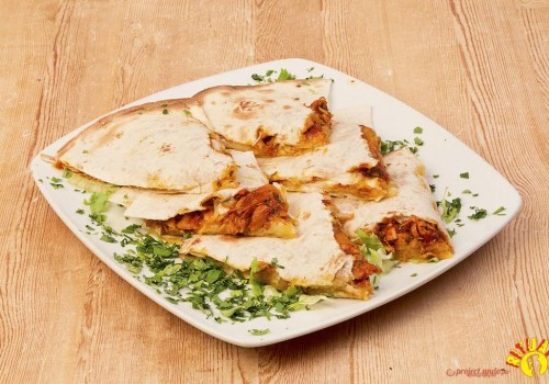 QUESADILLAS VEGETARIANE